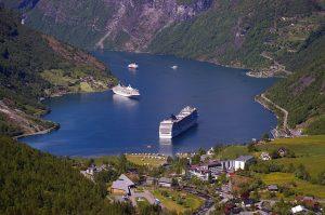 fjord-940524_640